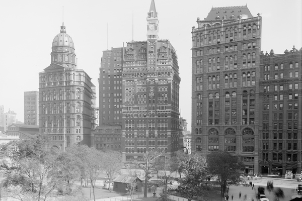 Newspaper Row, circa 1905, from left: the World, the Sun, the Tribune, the Times. Only the Times building, now Pace University, stands today (Photo credit: U.S. Library of Congress)